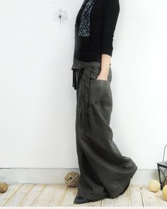 grey. linen. slouchy. pants...