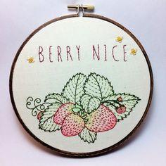 Schöne Erdbeere Berry Patch gestickt Wand Hoop Aquarell Wortspiel