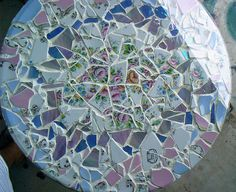limoges china with stained glass mosaic turned into a tabl… Mosaic Tile Art, Mosaic Crafts, Mosaic Glass, Stained Glass, Mosaic Projects, Mosaic Ideas, Photo Tiles, Diy Table Top, Limoges China