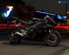 Black 2008 Yamaha Yzf r6
