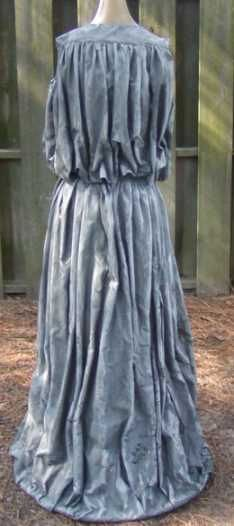 Doctor Who 'Blink' weeping angel costume walk through. Some VERY good tips on making wings, dress, mask, hair AND painting.