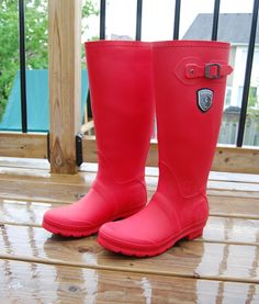 Your rain boots cost what? - northstory.ca - A review of the Jennifer rainboot from #KAMIK and why you should get a pair #red #rainboots
