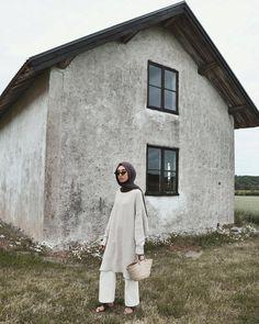 Modest Fashion Hijab, Casual Hijab Outfit, Hijab Chic, Muslim Fashion, Outfit Look, Basic Outfits, Cottage, Minimal Fashion, Girl Hijab