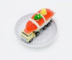 Sushi Trucks by Yasuhiko Hayashi and Yusuke Nakano