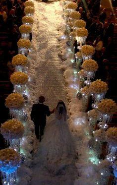 Mommy make my Wedding ceremony look like a winter wonderland like this one! Wedding Ceremony Ideas, Wedding Aisle Decorations, Wedding Events, Our Wedding, Wedding Photos, Dream Wedding, Wedding Themes, Bling Wedding, Trendy Wedding