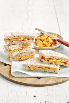These delicious finger sandwiches get their bite from sharp Cheddar cheese, cayenne pepper, and horseradish. Read more: Pimento-Cheese Sandwiches Recipe - Country Living Tea Party Sandwiches Recipes, Finger Sandwiches, Tea Sandwiches, Tea Recipes, Cooking Recipes, Party Recipes, Luncheon Recipes, Cucumber Sandwiches, Snacks