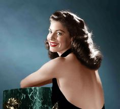 Ava Gardner.. always beautiful ..