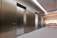 Elevator Lobby Design, Divider, Office Lobby, Hotel Lounge, Hall Design, Lobbies, Hotel Lobby, Building Design, Interior Architecture