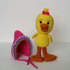 A[mi]dorable Crochet: Duck Pattern, amigurumi, stuffed toy, #haken, gratis patroon (Engels), eend met muts, knuffel, speelgoed, #haakpatroon