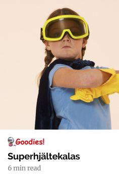 Superhjältar har varit barnens favoriter sedan Stålmannen bytte om i en telefonkiosk och ett kul barnkalastema. Här har vi tänkt till lite kring superhjältekalas och tipsar om utklädning, mat, dryck, tårta och lekar till superhjältekalaset! #kalas #barnkalas #lekar Superman, Batman, Mens Sunglasses, Inspiration, Fashion, Biblical Inspiration, Moda, Man Sunglasses, Fashion Styles