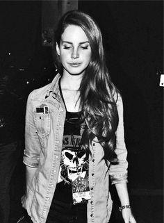 Lana Del Rey wearing a Guns N' Roses t-shirt street style inspiration eyes closed