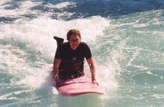 Surfing allows you to share the fun experience with everyone. Aside from the physical benefits of surfing, people also find it to be the perfect activity that will bring them closer to nature.