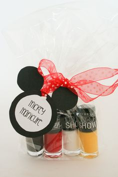 So cute, seriously! Mickey Manicure Fish Extender Gift Idea