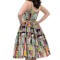 book dress Sexy Librarian, Librarian Style, Women Figure, Dress Styles, I Love Books, Book Nerd, Libraries, Book Lovers, Ms