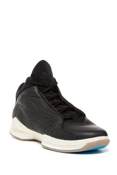 Force Vector Leather Trainer