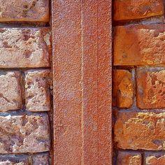 Texture of the day  #texture #textureoftheday #design #rust #pattern #composition #texturebing #photooftheday #themomo