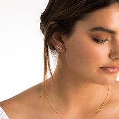Keep updated on the latest Francesca releases for on-trend studs and earrings! Have you shopped crawlers yet? xx