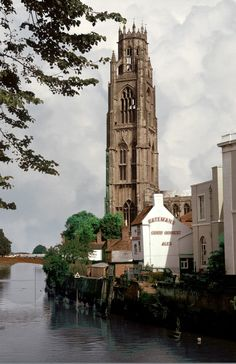 """'Boston Stump', England, UK - St Botolph's Church is a parish church in the Church of England in Boston, Lincolnshire. It is notable for its extraordinarily tall tower, known as the """"Boston Stump""""."""