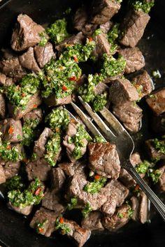 20. Chimichurri Steak Bites Tandoori Paneer, Steak Dishes, How To Make Tortillas, Beef Steak, Steak Meals, Healthy Dinner Recipes, Summer Recipes, Healthy Snacks, Beef Recipes