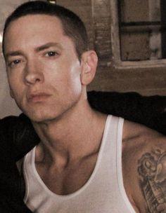 I,am so crazey about him ❤👀 Marshall Eminem, Eminem Wallpapers, The Eminem Show, Rapper, Eminem Rap, Eminem Photos, The Real Slim Shady, Eminem Slim Shady, Rap God