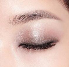 13 Mar 2020 - Want to know more about step by step eye makeup tutorials Perfect Makeup, Love Makeup, Makeup Inspo, Makeup Inspiration, Eye Makeup Cut Crease, Eye Makeup Art, Hair Makeup, Make Up Looks, Makeup Goals