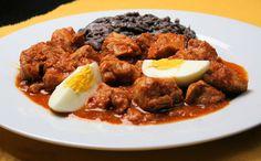 La comida del oriente maya de Yucatán es deliciosa, de entre tantos platillos, te recomendamos esta receta de Lomitos de Valladolid que te va a encantar.