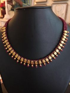 ruby and emerald beads necklace design Gold Earrings Designs, Gold Jewellery Design, Bead Jewellery, Necklace Designs, Beaded Jewelry, Beaded Necklace, Gold Necklace, Pearl Jewelry, Indian Jewelry