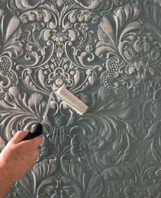 Discover thousands of images about Paintable wallpaper - creating dimension. Plaster Art, Plaster Walls, Plaster Crafts, Wallpaper Free, Pattern Wallpaper, Wallpaper Wallpapers, Wallpaper Ideas, White Wallpaper, Painting Wallpaper