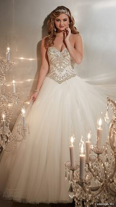 strapless sweetheart neckline embroidered bodice tulle skirt wedding ball gown dress 15574