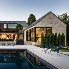 Modern Farmhouse Exterior, Farmhouse Style, Modern Architecture House, Farmhouse Architecture, Architecture Definition, Pavilion Architecture, Sustainable Architecture, Residential Architecture, Dream House Exterior