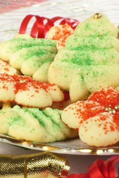 christmas cookies This is the place for Christmas cookie recipes! Weve gathered hundreds of delicious recipes for Christmas cookies so you can find all your old and new favorites in one place! Spritz Cookies, Holiday Cookies, Holiday Treats, Holiday Recipes, Christmas Sweets, Christmas Cooking, Christmas Christmas, Cookie Exchange, Cookie Recipes