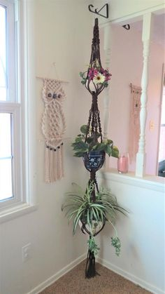 Boho Room Decor – Hippie Room Decor – Triple Macrame Plant Hanger – Boho Living Room Decor – Boho Home Decor – Turquoise Macrame – 3 Tier - Boho Fashion Hippy Room, Hippie Room Decor, Boho Room, 70s Home Decor, Handmade Home Decor, Unique Home Decor, Modern Decor, Looks Vintage, Style Vintage