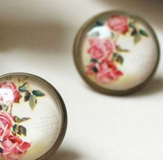 Pretty vintage style rose cabochon earrings - £2 per pair.