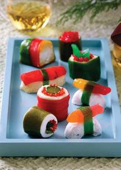 Make Your Own Sushi Candy: Fruit rollups= nori, rice crispy treats=rice, jelly beans= roe, different colored licorice & gummy worms= filling, and swedish fish candy.I thought this was kinda cute Dessert Sushi, Cute Food, I Love Food, Yummy Food, Candy Recipes, Holiday Recipes, Cute Kids Snacks, Kid Snacks, Fruit Snacks