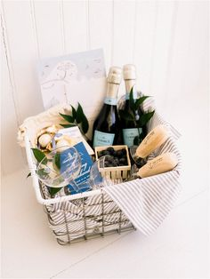 Searching for wedding gifts, wedding favors, and wedding welcome gifts can be really difficult. You want something that compliments the person and the big day. Eastern Shore weddings did such a wonderful job with this gift! Welcome Baskets, Gift Baskets, Wedding Welcome Gifts, Wedding Gifts, Wedding Event Planner, Wedding Planning, Wedding Ideas, Eid Hampers, Ramadan Gifts