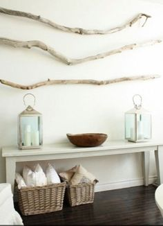 coastal decor without the driftwood on the wall & add some glass balls with rope to the bowl