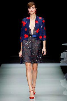 Giorgio Armani Spring 2016 Ready-to-Wear Fashion Show 3d Rose, Spring Summer 2016, Giorgio Armani, Ready To Wear, Fashion Show, Runway, Women Wear, Vogue, Shirt Dress