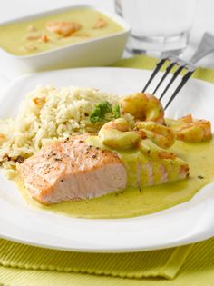 Salmon En Salsa, Salmon Pasta, Chicken Salad Recipes, Salmon Recipes, Fish Recipes, No Salt Recipes, Cooking Recipes, Healthy Recipes, High Carb Foods