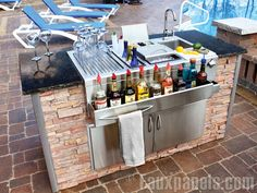 stainless trim-Outdoor Kitchen Pictures | Beautiful Outdoor Living Spaces