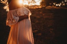 A pregnant woman's belly shows in the sun | Sweet Beginnings Photography by Stephanie | Sacramento Newborn and Family Photographer