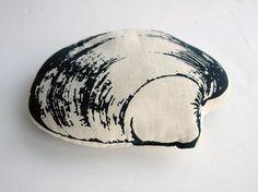 //  1980's Stuffed Quahog Clam