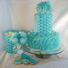 The real Aqua Wedding Cake - by MsBakery @ CakesDecor.com - cake decorating website