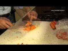 """""""Come congelare le carote"""".  Come congelare le carote per averle sempre pronte per le nostre preparazioni.  Difficoltà: semplice  Tempo di preaprazione: 10 minuti"""