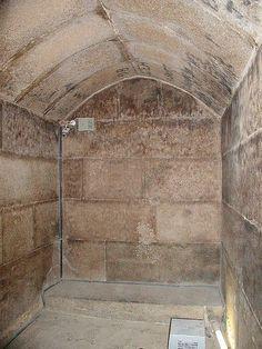 Pyramide de Mykérinos - chambre funéraire du Phaaron - Gizeh