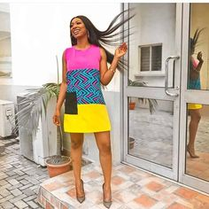 ankara mode We have collected twenty beautiful African Ankara dresses that are trending online now to inspire your next design. Short African Dresses, Ankara Short Gown Styles, Trendy Ankara Styles, Short Gowns, Ankara Gowns, African Lace, African Men, African Style, African Fashion Ankara