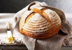 Bak med denne smarte teknikken, og få sprø skorpe og saftig brød med store luflommer.