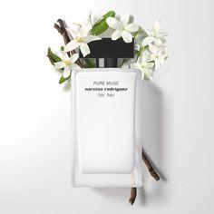 Yves Saint Laurent, Best Perfume, Perfume Oils, Narciso Rodriguez For Her, Parfum Flower, Perfume Floral, Shade Finder, Orange Blossom, Parfum Spray