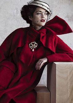 Moda Vintage Chic Glamour For 2019 Christian Dior, Beauty And Fashion, Love Fashion, Cheap Fashion, Fashion Women, Gothic Mode, Vogue Brazil, Vintage Outfits, Vintage Fashion