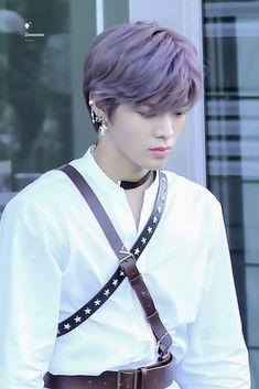 Taeyong // that's yuta isn't he Nct Yuta, Nct 127, Airport Style, Airport Fashion, Jaehyun, Nct Dream, Boy Groups, Culture, Entertainment