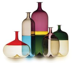 Finnish designer Tapio Wirkkala designed the Bolle series of vases for renowned art glass studio Venini & C. Glass in Murano, Italy in Glass Bottles, Glass Vase, Wine Bottles, Vodka Bottle, Glas Art, Vintage Design, Gio Ponti, Glass Design, Hand Blown Glass